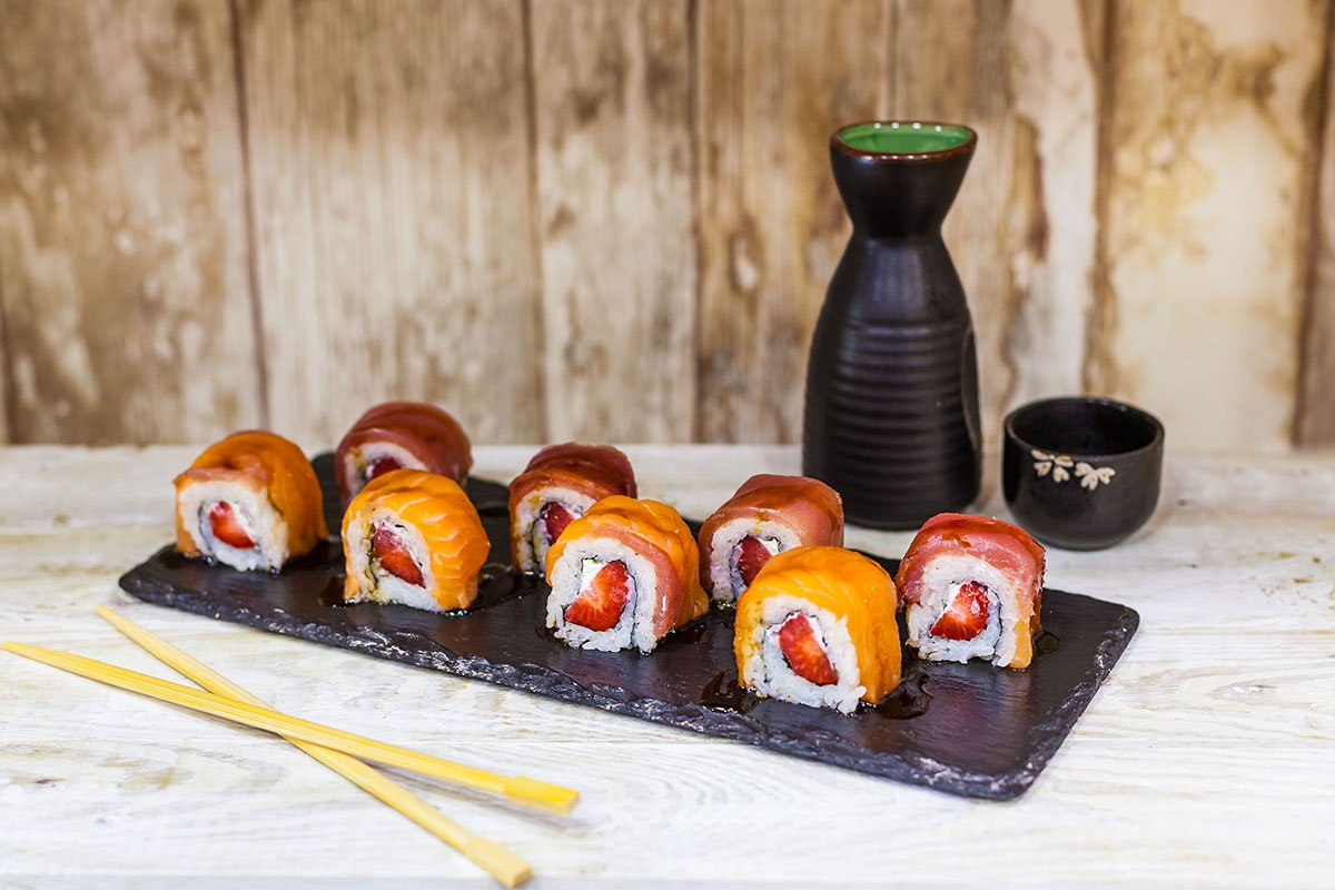 love-roll-sushi-salmon-atun-fresa-queso